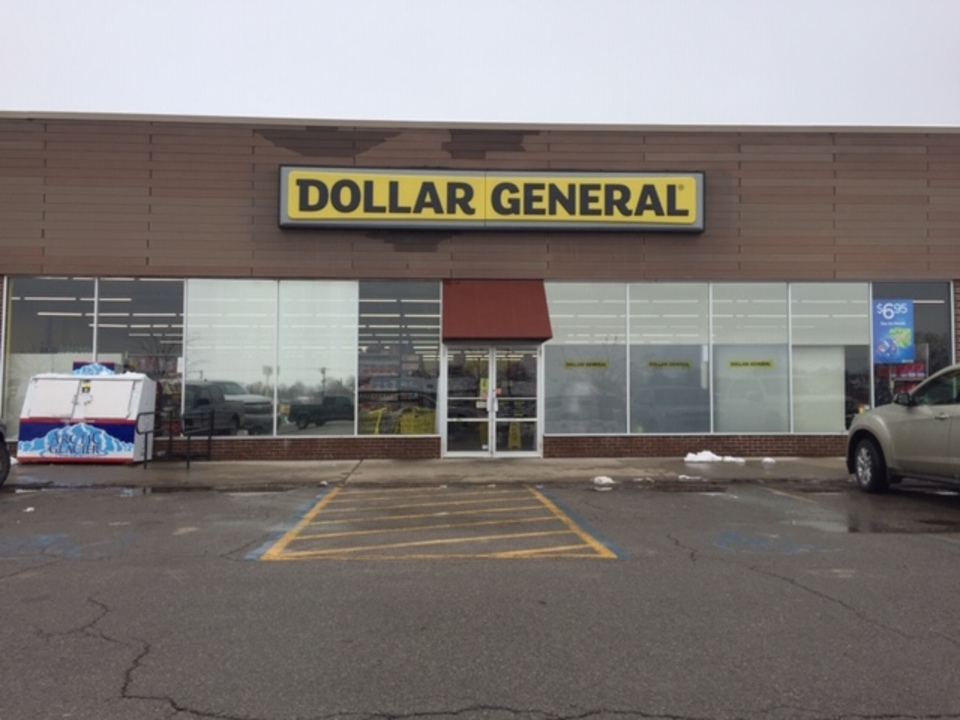 815-975 W. College Street Marshall Missouri 65340, ,Retail,Lease,College,1104