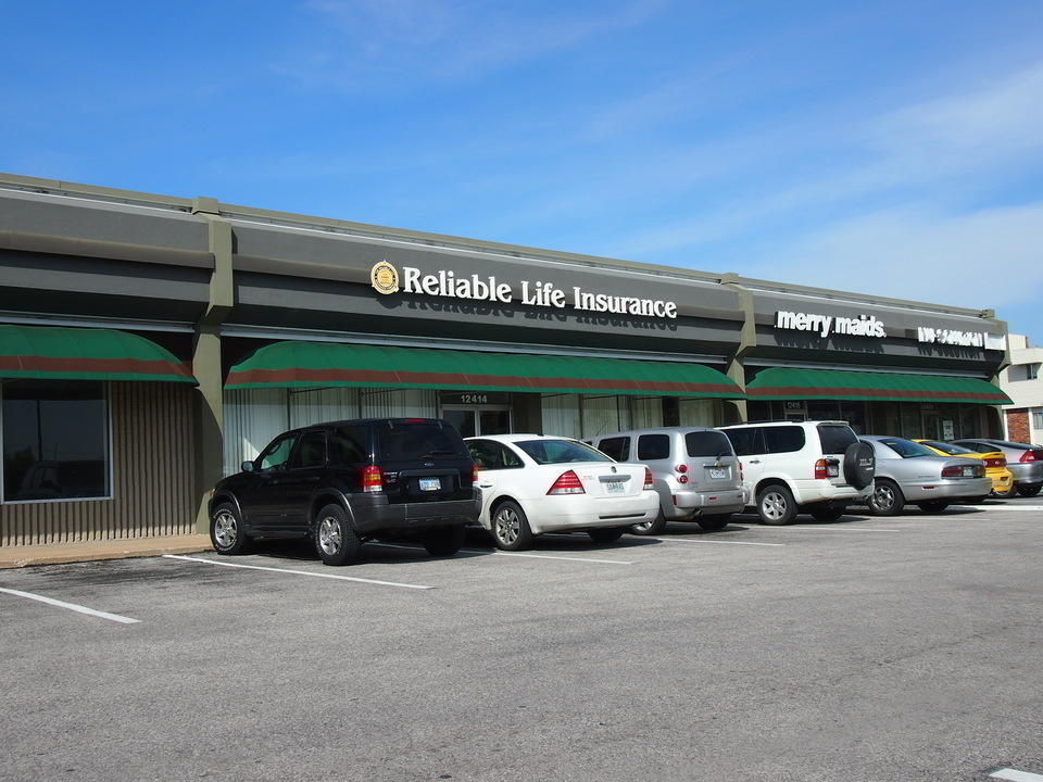 12400-12420 E. 40 Hwy. Independence Missouri 64055, ,Office,Lease,40,1113