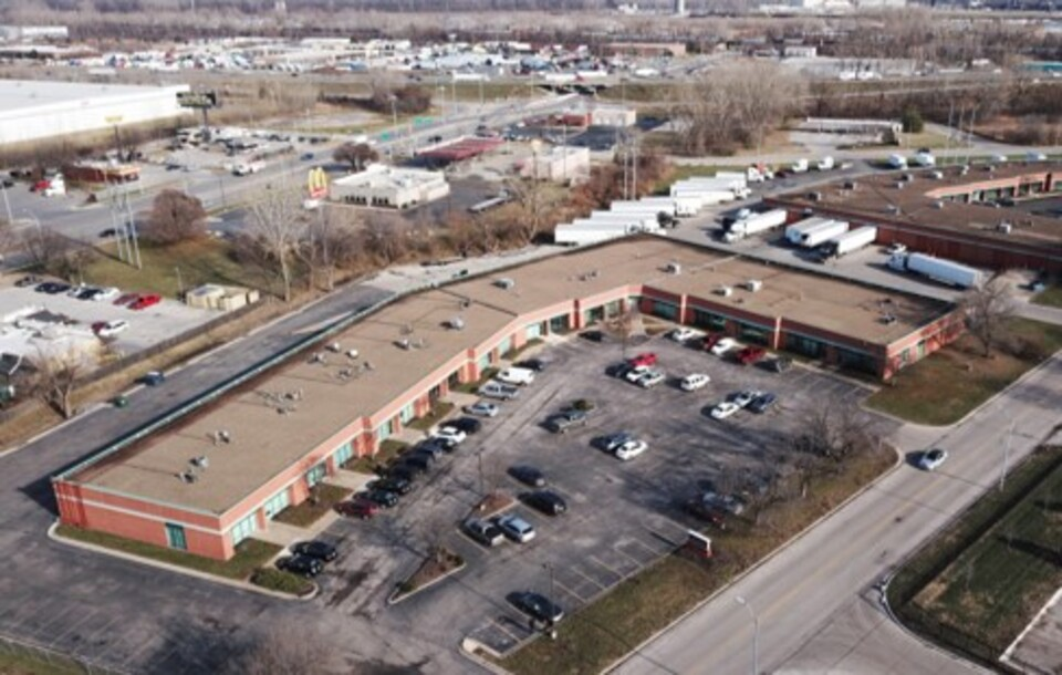 7050-58 Universal Ave, Kansas City, MO 64120, ,Industial,Lease,Universal Ave,1152