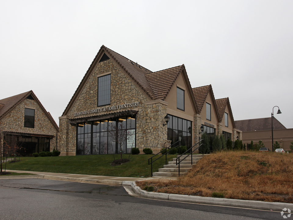 4861 W. 134th St, Leawood, KS 66209, ,Office,Sublease,134th,1155