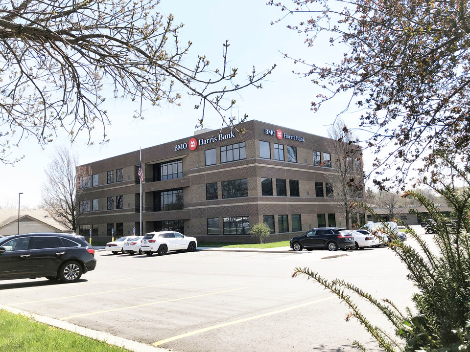 6333 Long St, Shawnee, KS 66216, ,Office,Lease,Long St,1201