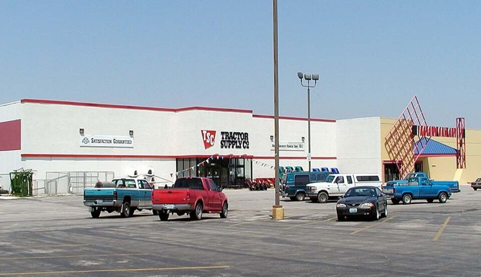 2110-2112 South MO 291 Hwy. Independence Missouri 64057, ,Retail,Lease,23rd St & 291 Hwy.,1025